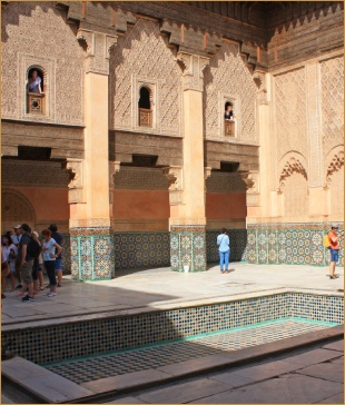 private 2 days Casablanca tour to Marrakech,Medina excursion in Red city